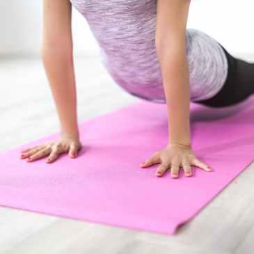 balance body exercise female